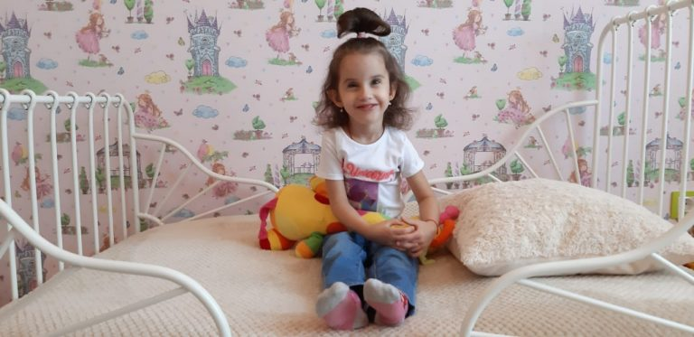 Благотворительный проект: Милана Звягинцева, 4,5 года